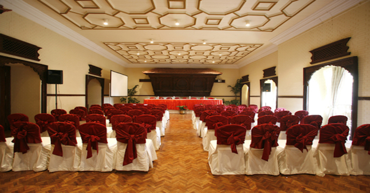 Using Storage Containers to House Hotel Event Furniture